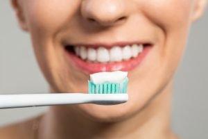 خمیر دندان بدون پارابن