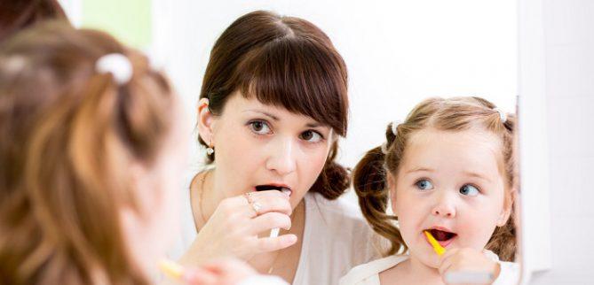 ویژگیهای مسواک مناسب و انتخاب بهترین مسواک برای دندانها