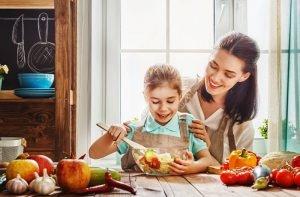 مواد غذایی مفید برای دهان و دندان