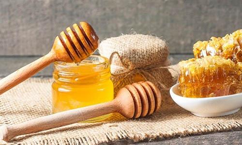 تأثیر-عسل-و-موم-عسل-بر-دندان3